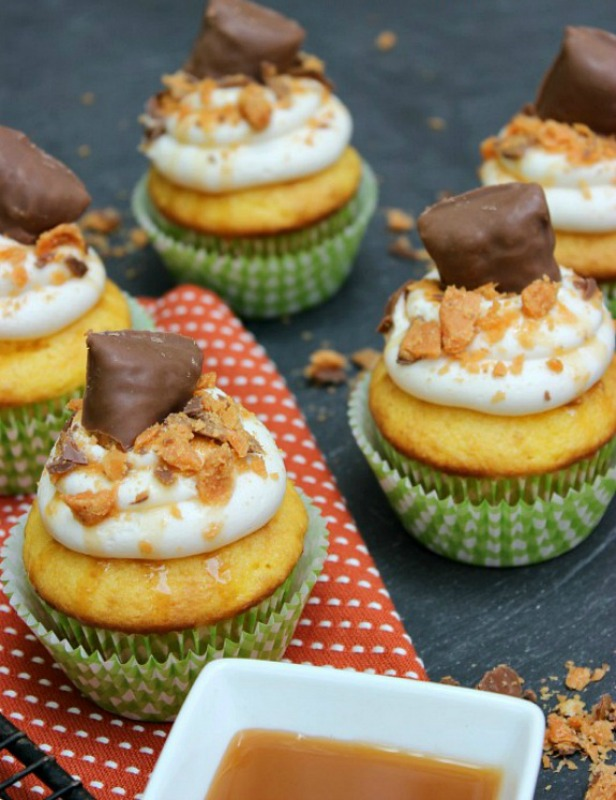 Butterfinger Cupcakes, Leftover Halloween Candy Recipes