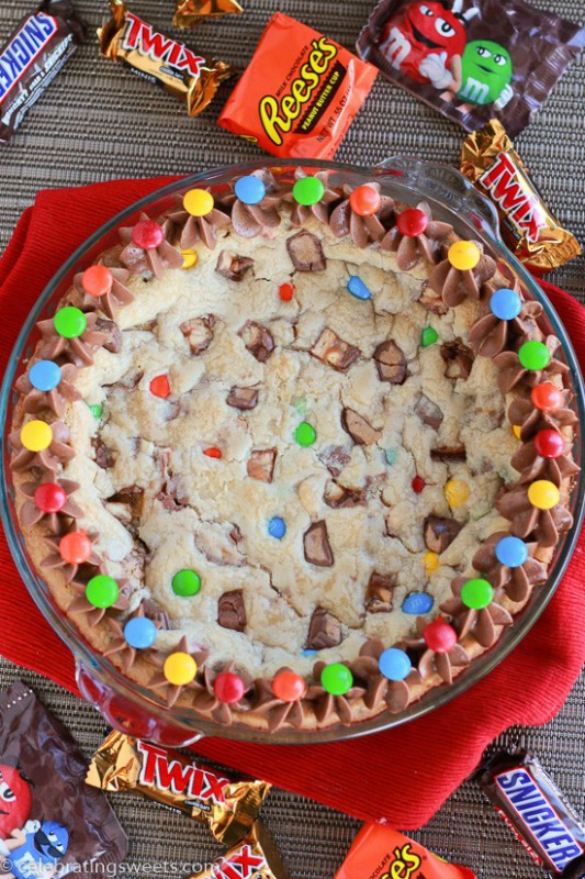 Candy Bar Cookie Pie, Leftover Halloween Candy Recipes