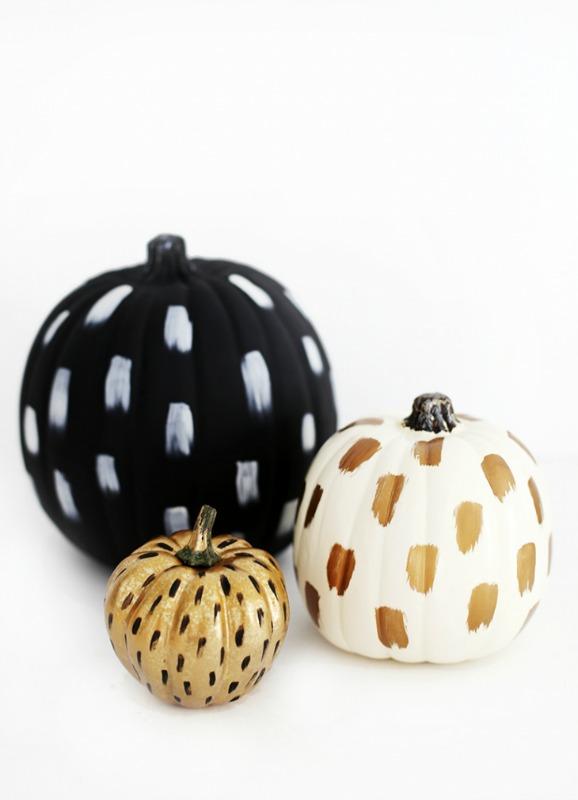 DIY Brushstroke Pumpkins, 25 No Carve Pumpkin Decorating Ideas