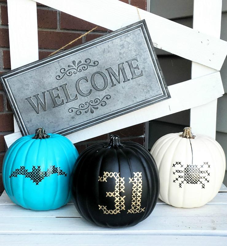 DIY Paint Stitched Pumpkins, 25 No Carve Pumpkin Decorating Ideas