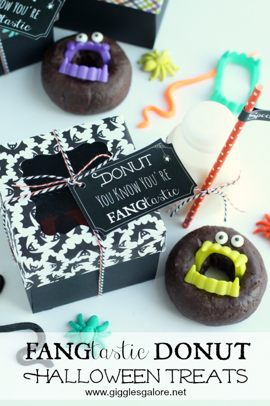 fangtastic-donut-halloween-treats