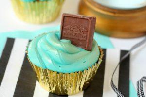 DIY Fortune Cupcakes