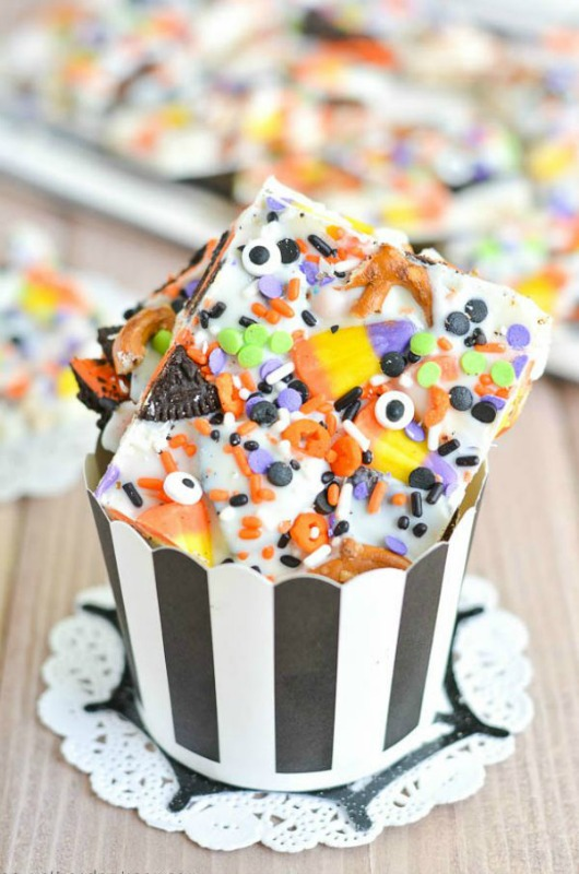 Halloween Candy Bark, Leftover Halloween Candy Recipes
