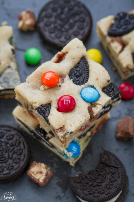 Halloween Candy Oreo Monster Blondie Bars, Leftover Halloween Candy Recipes