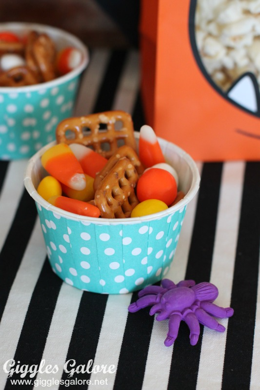 halloween-monster-munch-snack-mix