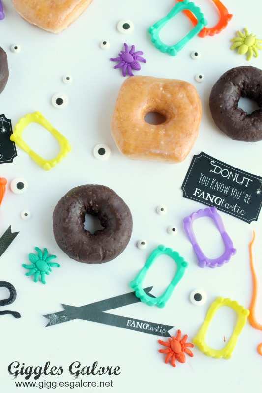 halloween-treat-fangtastic-donuts