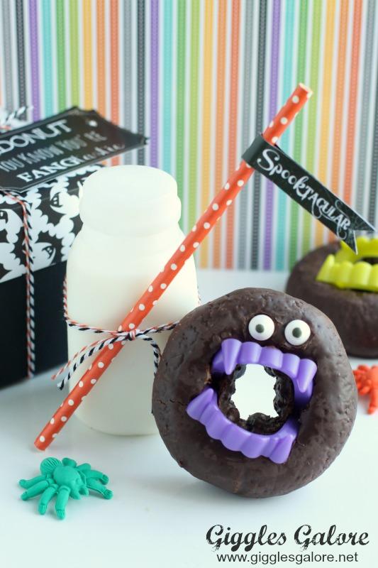 halloween-vampire-donuts