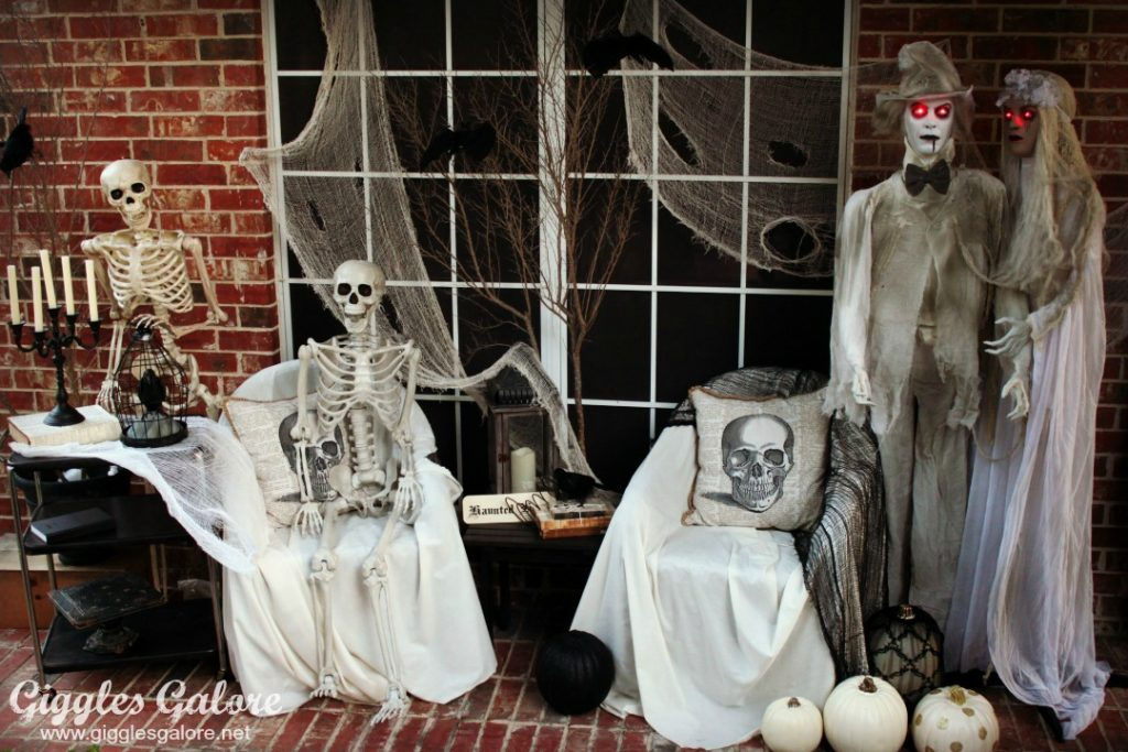 haunted-mansion-front-porch-makeover_giggles-galore
