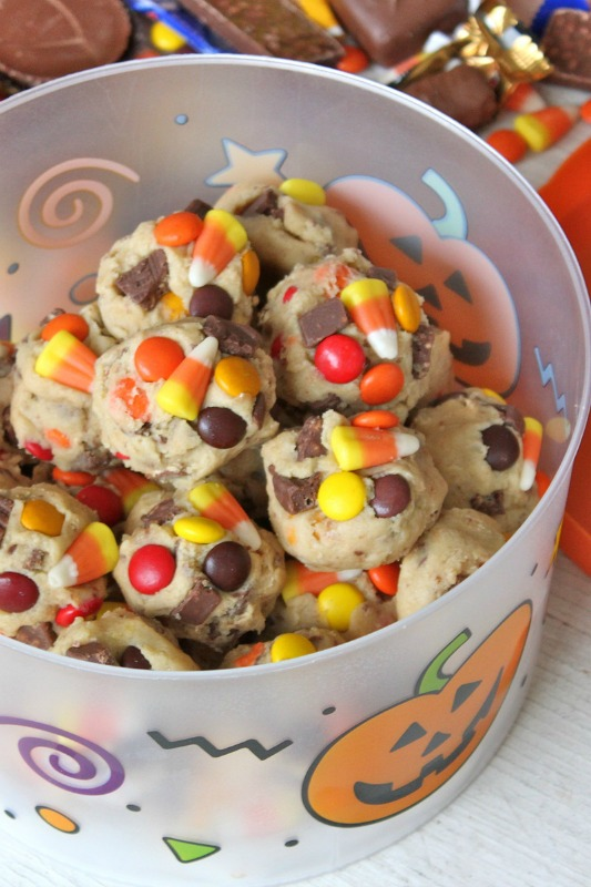 Leftover Halloween Candy Cookie Dough, Leftover Halloween Candy Recipes