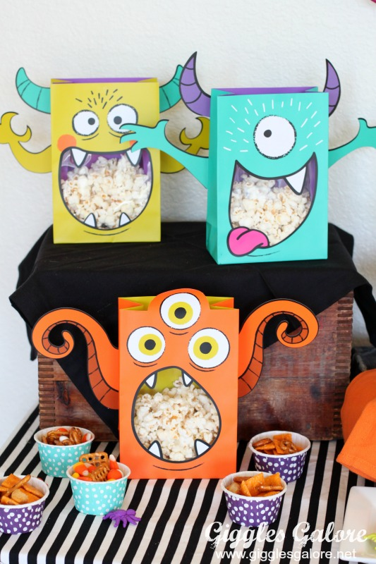 monster-munch-snack-mix
