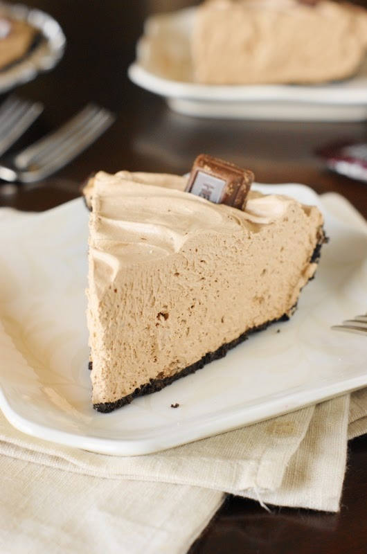 No Bake Hershey's Chocolate Bar Pie, Leftover Halloween Candy Recipes