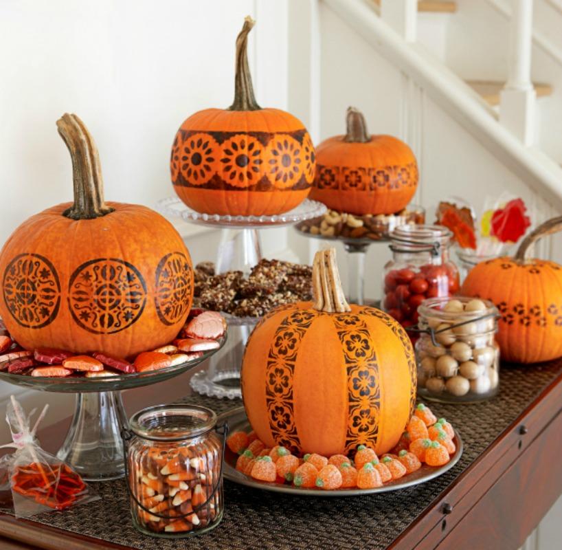 Stamped Pumpkins, 25 No Carve Pumpkin Decorating Ideas
