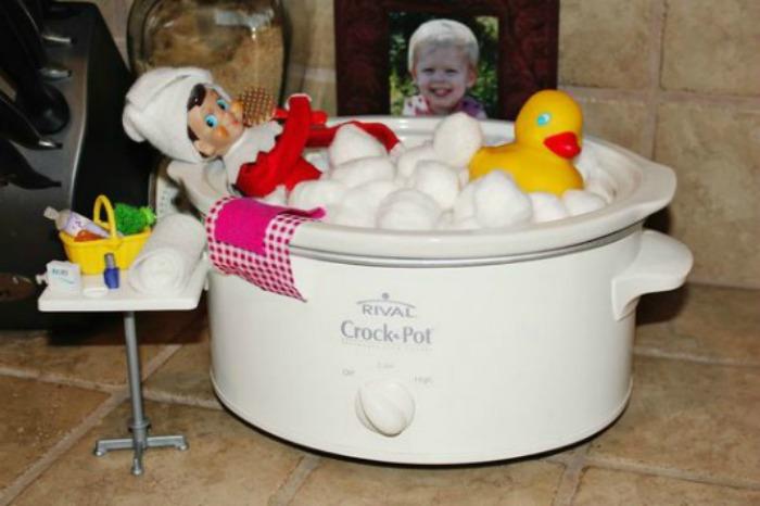 Crock Pot Bath, Elf on the Shelf Ideas via Giggles Galore