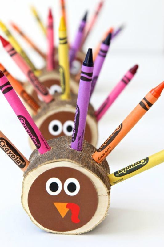 DIY Crayon Turkeys, Kids Thanksgiving Table Ideas via Giggles Galore