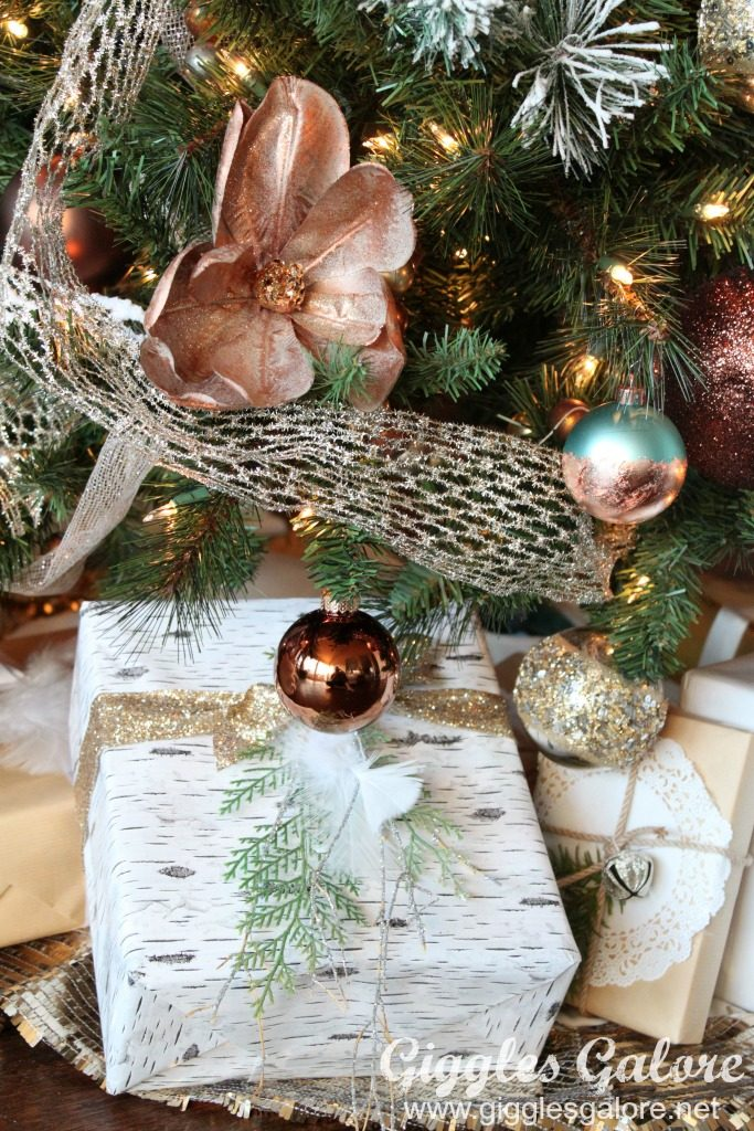 farmhouse-dream-tree_wrapped-presents