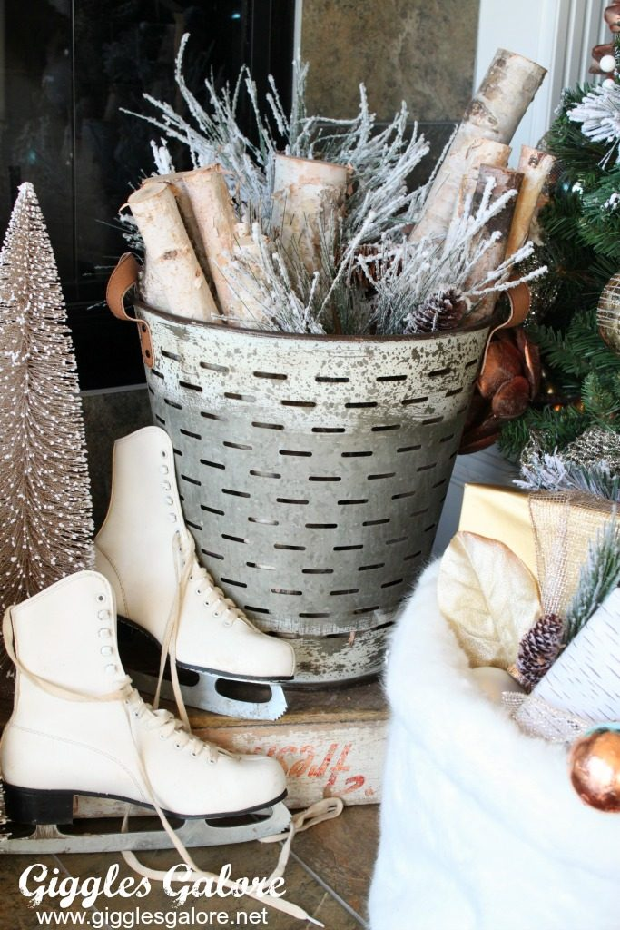 farmhouse-olive-bucket-with-christmas-decor