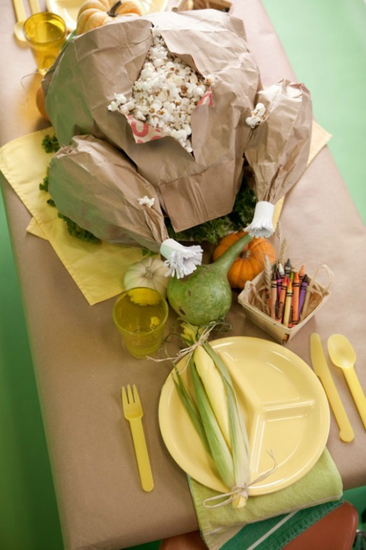 Paper Bag Turkey, Kids Thanksgiving Table Ideas via Giggles Galore