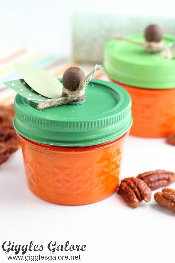 pumpkin-pie-spice-pecans-in-pumpkin-jars