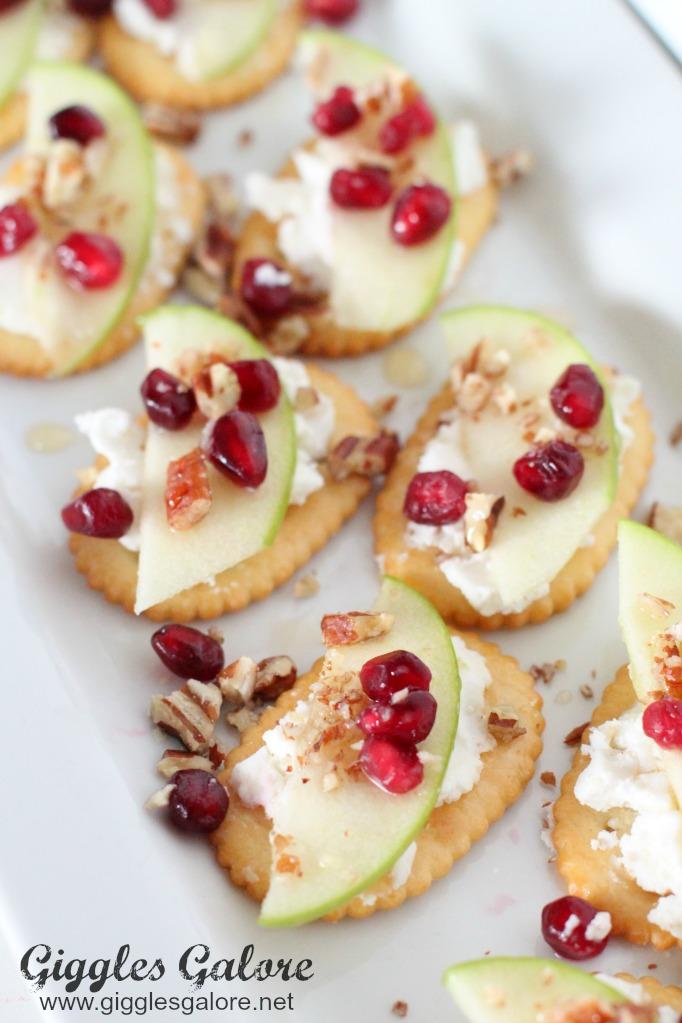 apple-honey-goat-cheese-crostini-apps