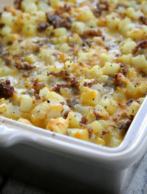 Cheesy Potato Breakfast Casserole, Christmas Morning Breakfasts via Giggles Galore