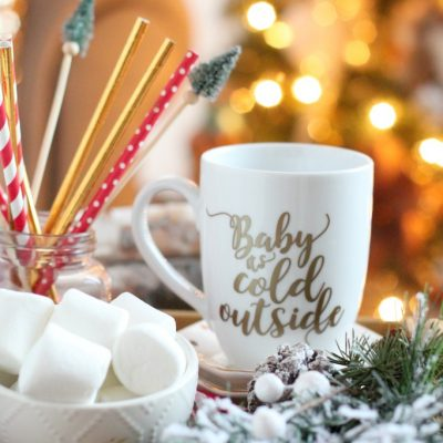 DIY Farmhouse Holiday Vinyl Mug