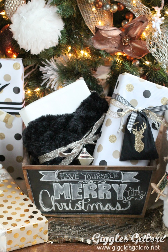 have-yourself-a-merry-little-christmas-chalkboard-gift-box