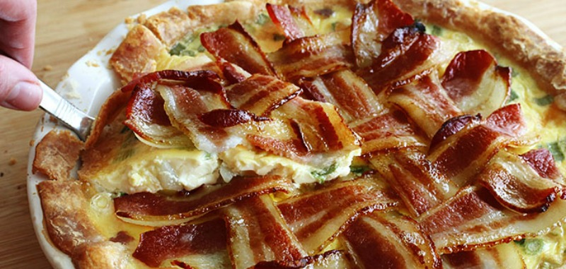 Maple Bacon Breakfast Pie, Christmas Morning Breakfasts via Giggles Galore