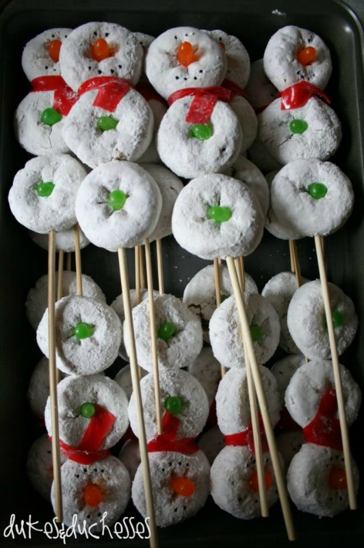 Snowmen Donuts on a Stick, Christmas Morning Breakfasts via Giggles Galore