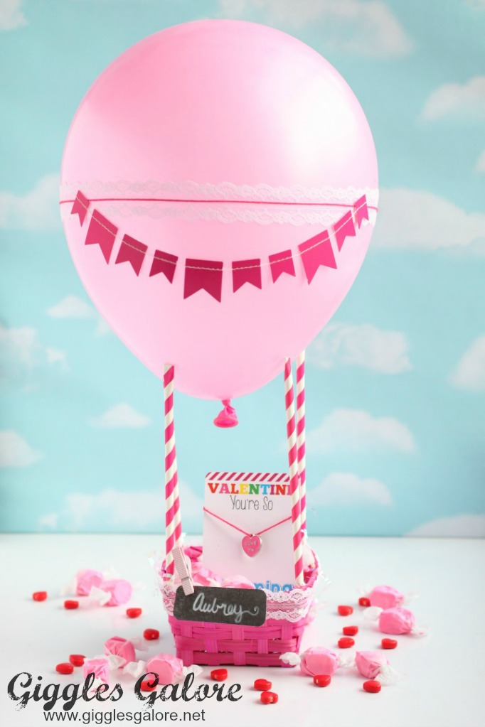 Sweet hot air balloon valentine box gg