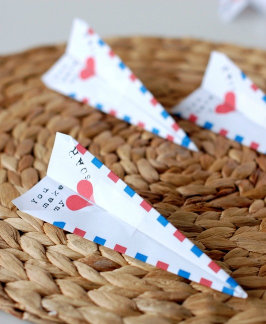 Paper Airplane Valentines, 30+ Kids Valentine Printables via Giggles Galore
