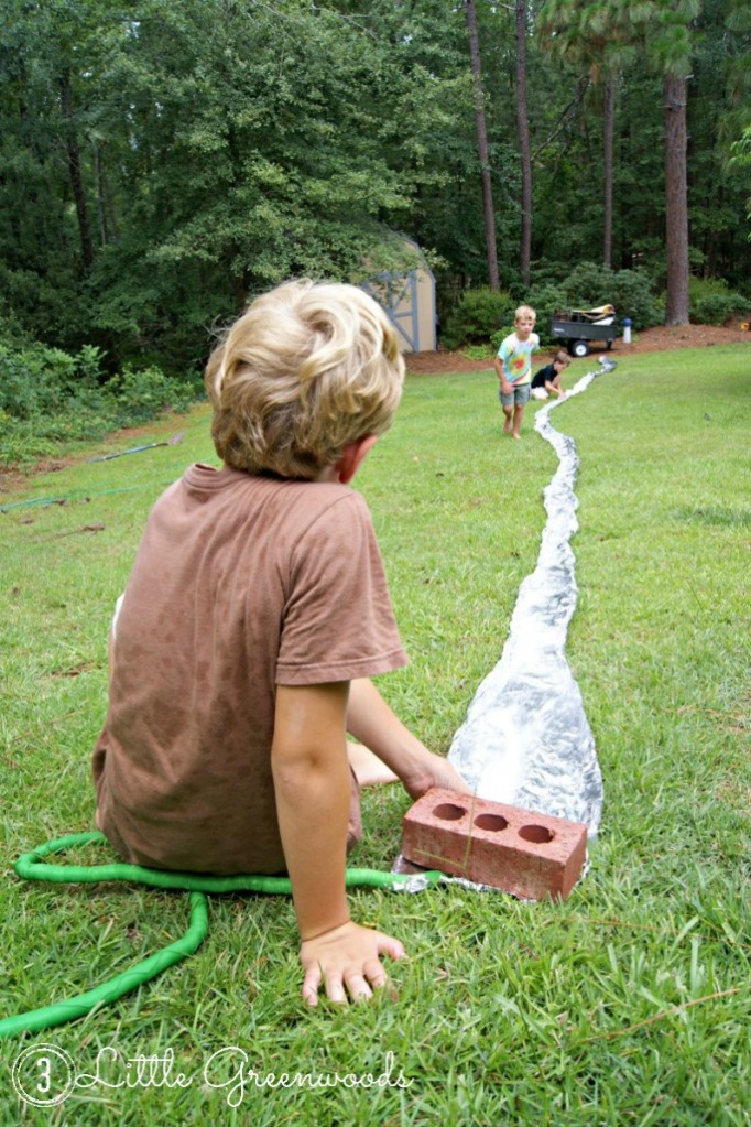 3 Little Greenwoods, 20 Summer Crafts for Boys