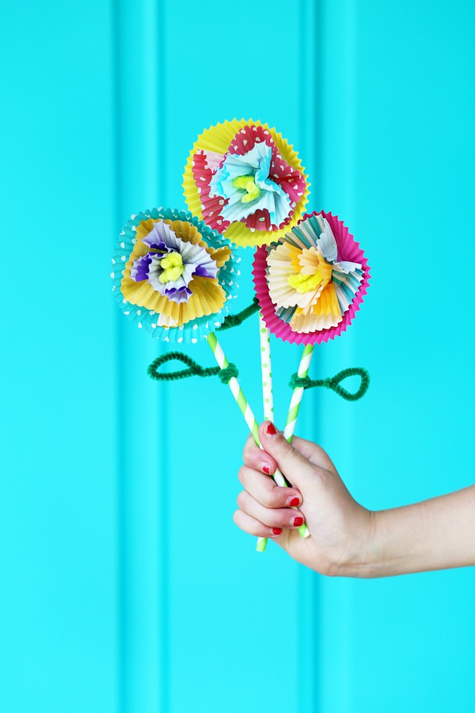 Arleene's Glue Projects, 20 Summer Crafts for Girls