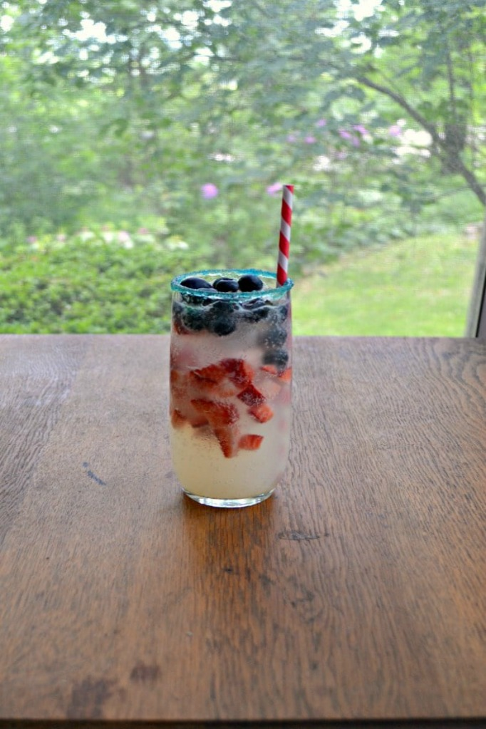 Celebrate our freedom with some of these 4th of July Drink Recipes!