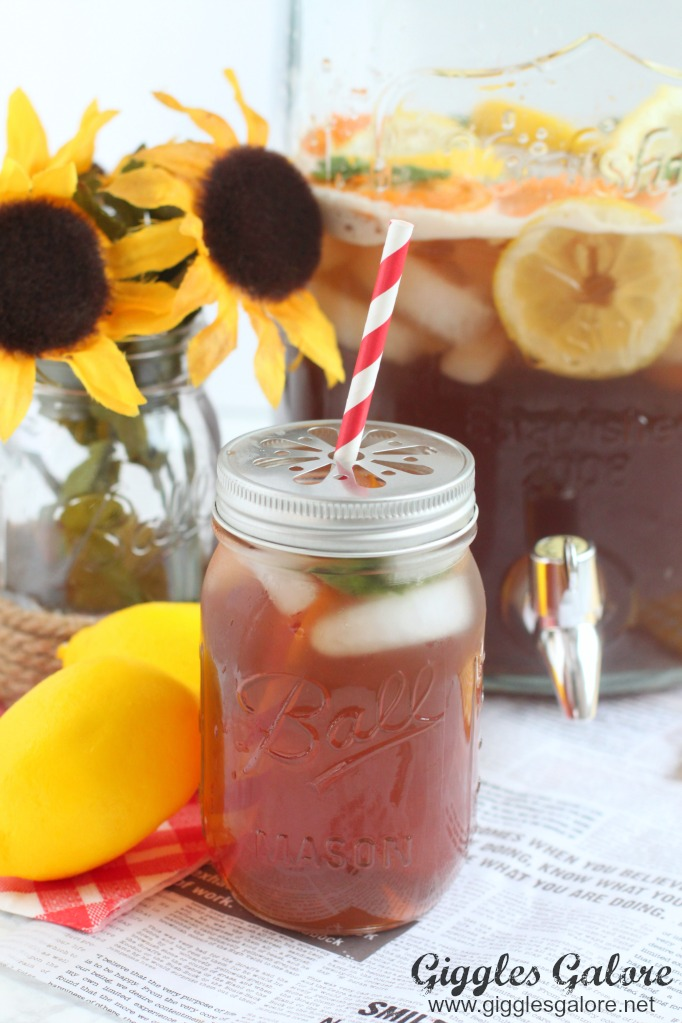 Crawfish boil iced tea punch