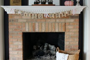 No-Sew Burlap Banner For Fall