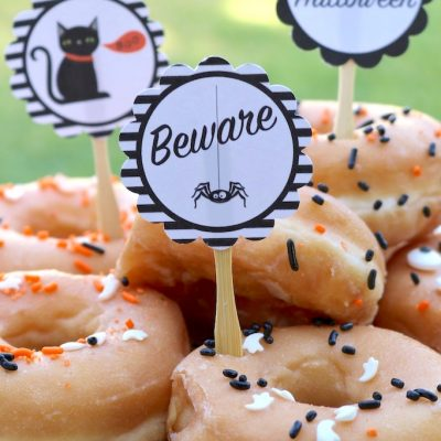 Simple and spooky Halloween donuts + FREE printables