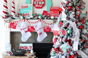 Polar Post Christmas Tree – Michaels Dream Tree Challenge