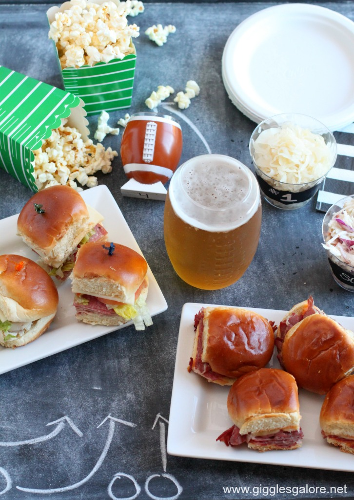 Easy entertaining tips for a winning game day party for Easy entertaining tips
