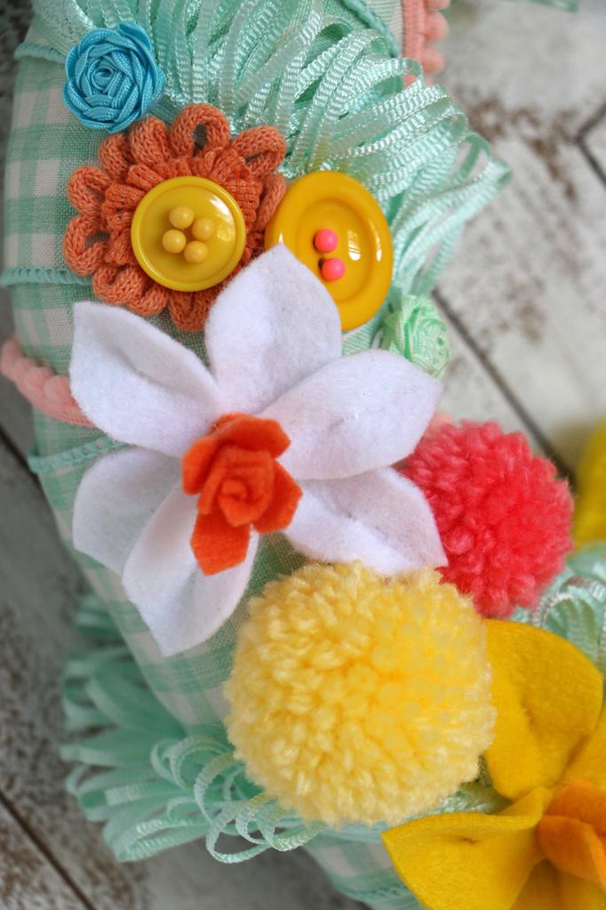 DIY Colorful Easter Wreath Felt Flowers