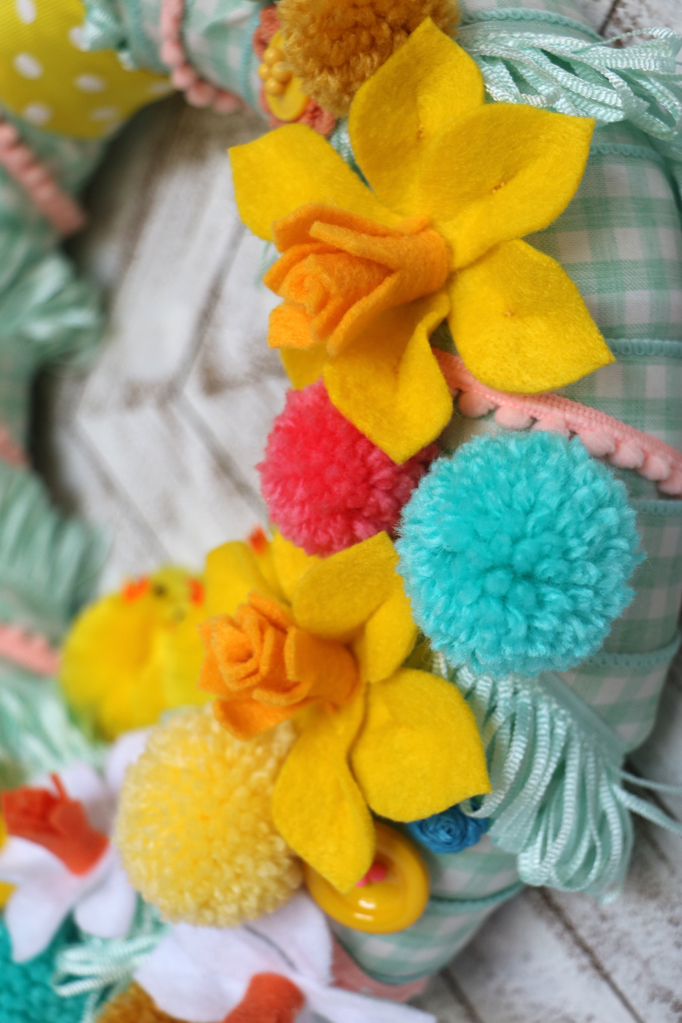 DIY Colorful Easter Wreath Felt Flowers