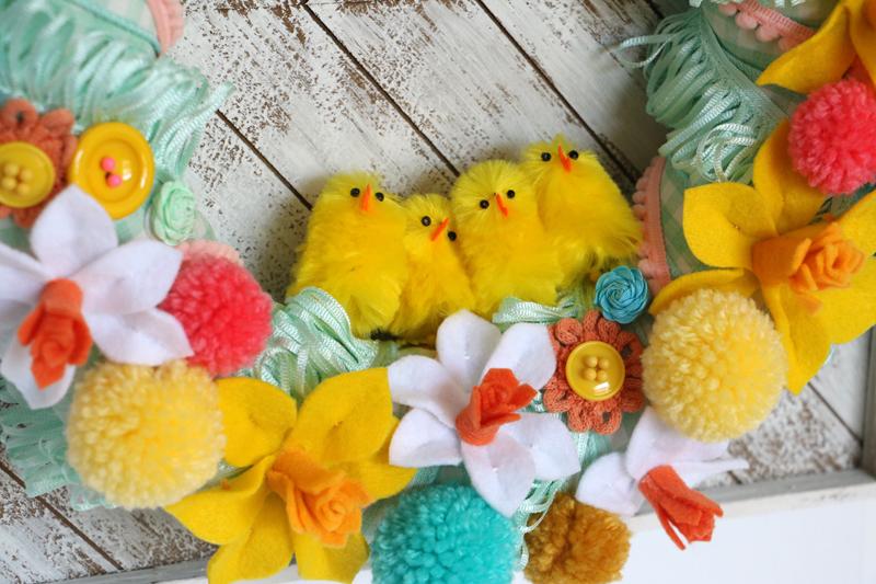 DIY Easter Wreath Felt Flowers