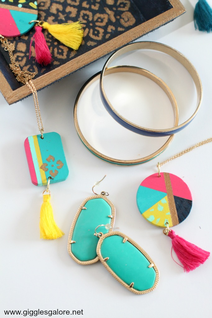 Diy painted necklace
