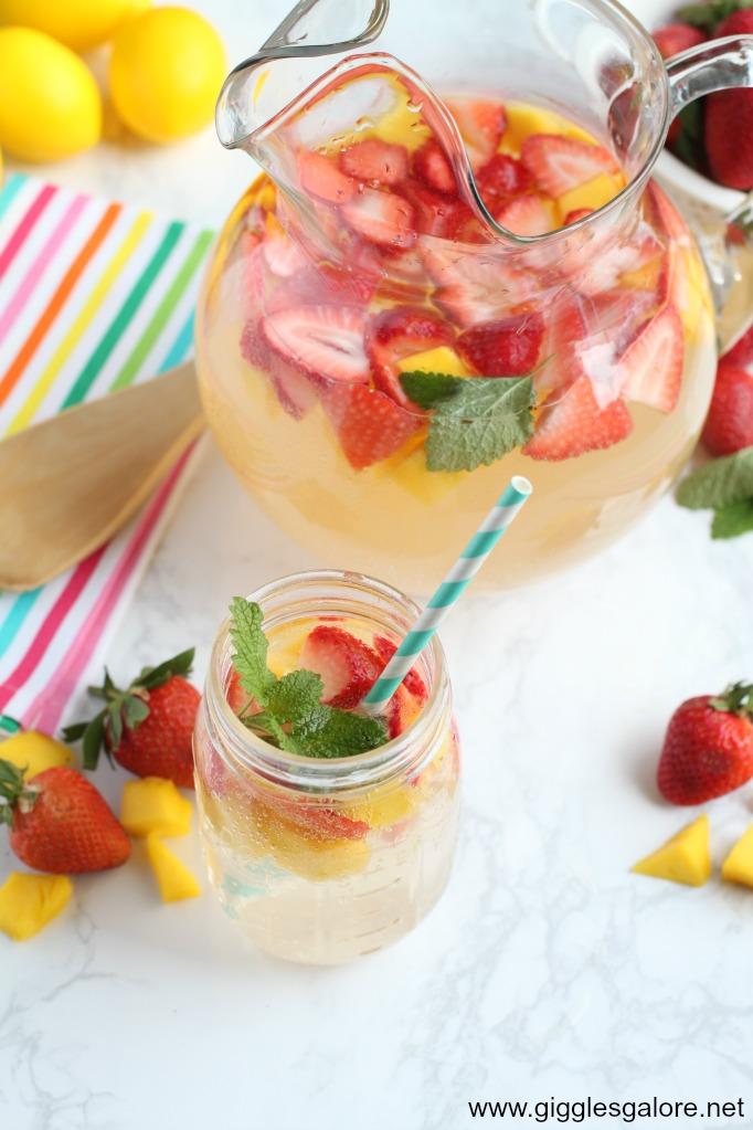 Mango Strawberry Sparkling Lemonade