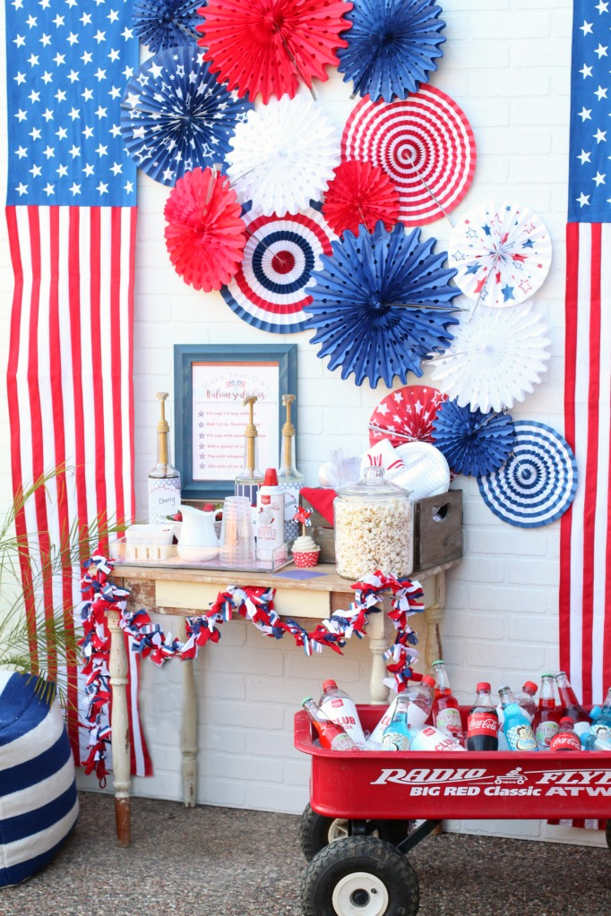 Patriotic 4th of july drink station