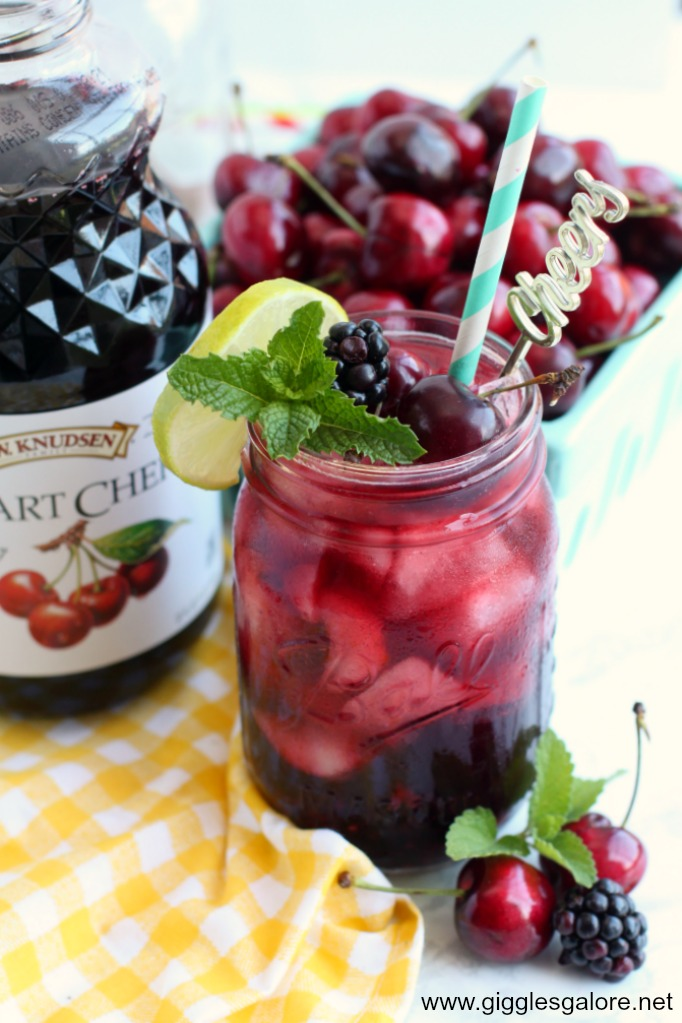Blackberry cherry lemonade smash