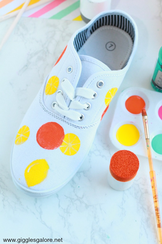 Diy citrus painted canvas shoes step 4