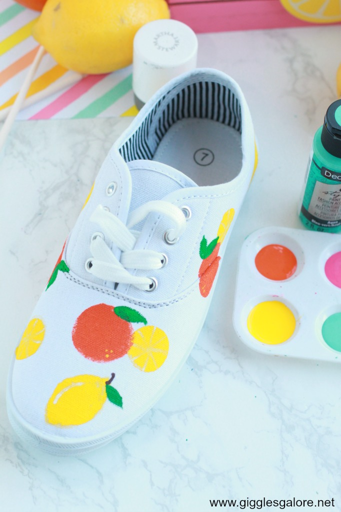 Diy citrus painted canvas shoes step 5