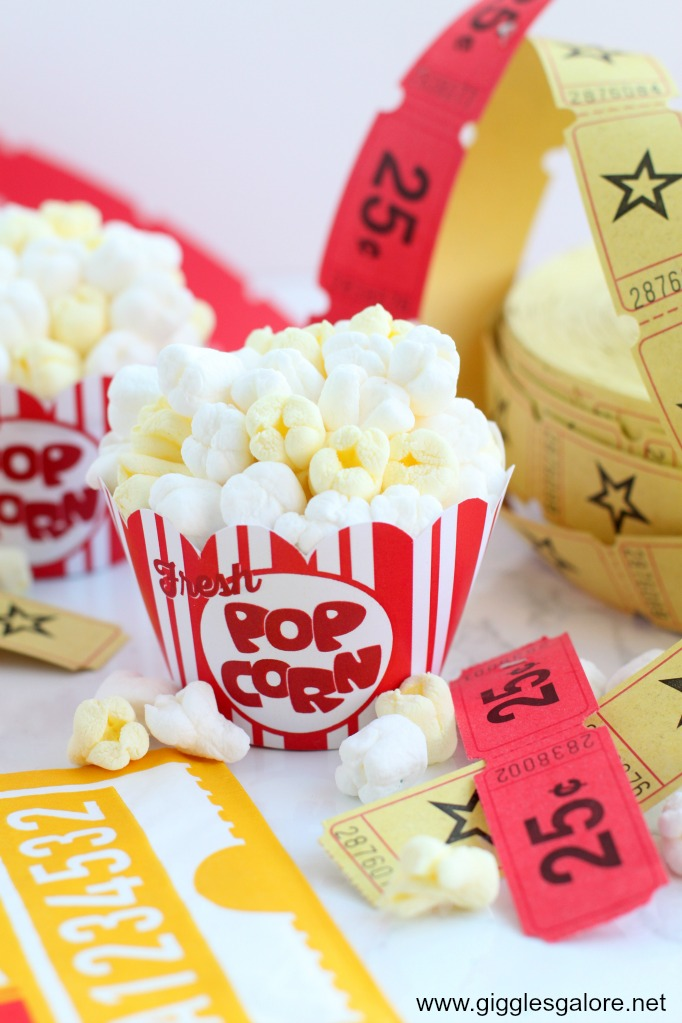 Movie Popcorn Cupcakes with Free Printable Cupcake Wrappers