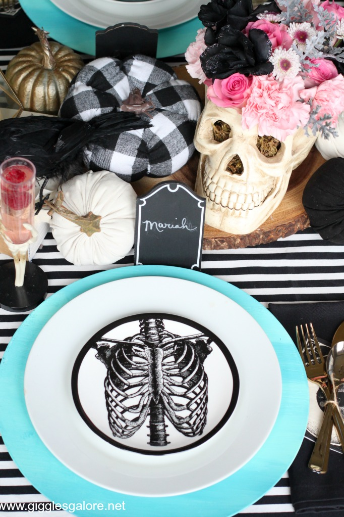 Pastel skeleton halloween plates