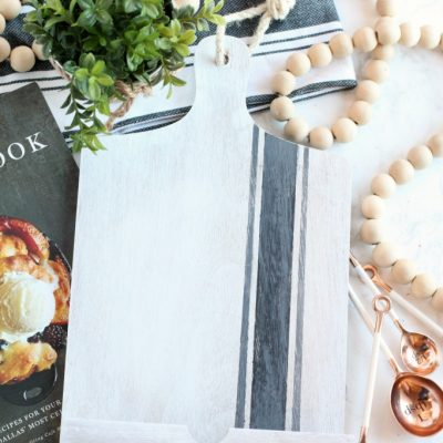 DIY Painted Farmhouse Cookbook Stand